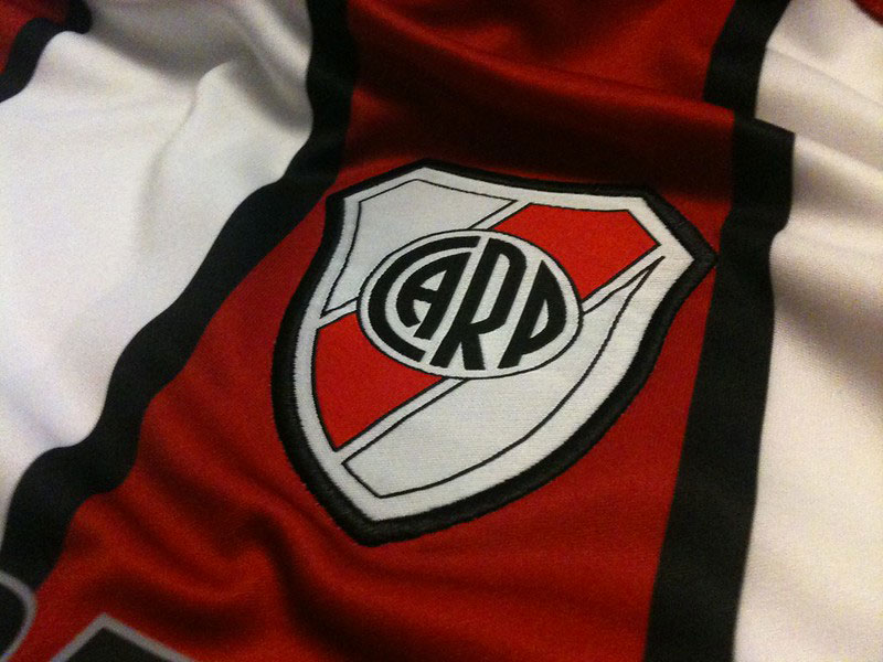 manage river plate - river plate jersey